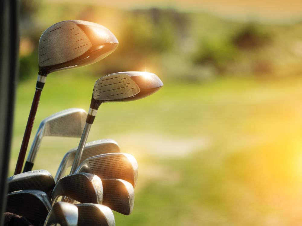 Spela på golf